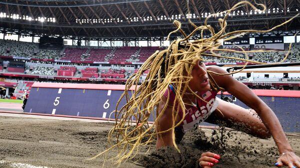 Тара Дэвис из США на Олимпийских играх 2020 в Токио   - Sputnik Polska