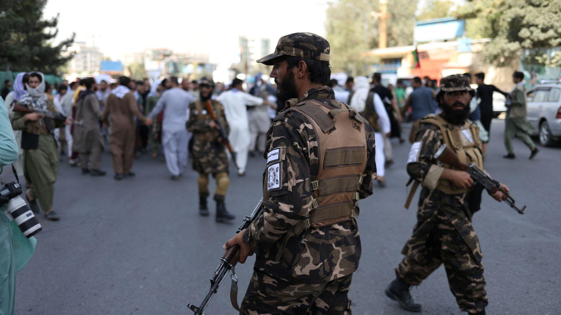 Żołnierze talibscy podczas protestu w Kabulu, Afganistan - Sputnik Polska, 1920, 10.09.2021