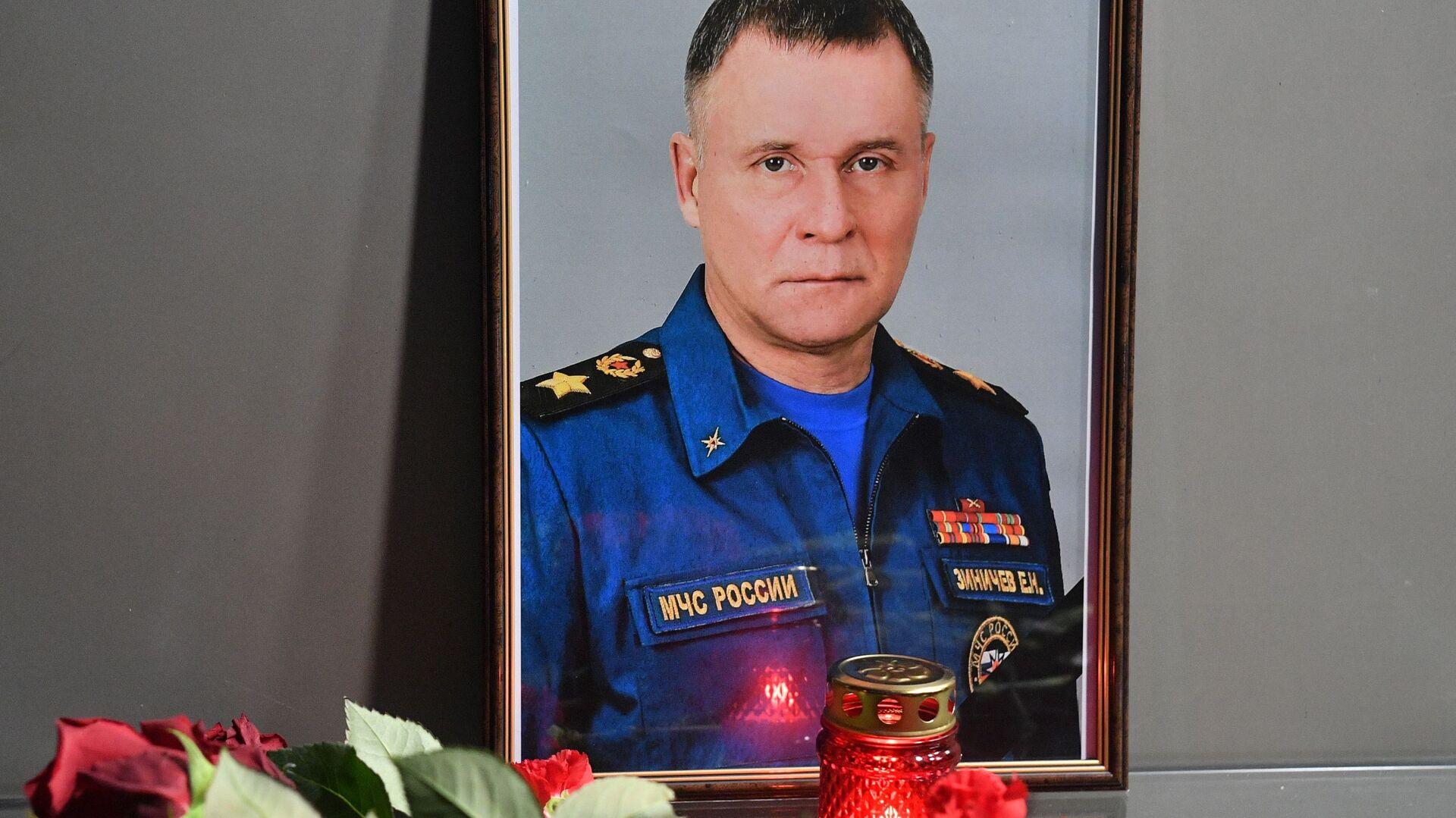 Minister ds. sytuacji nadzwyczajnych Rosji Jewgienij Ziniczew - Sputnik Polska, 1920, 09.09.2021