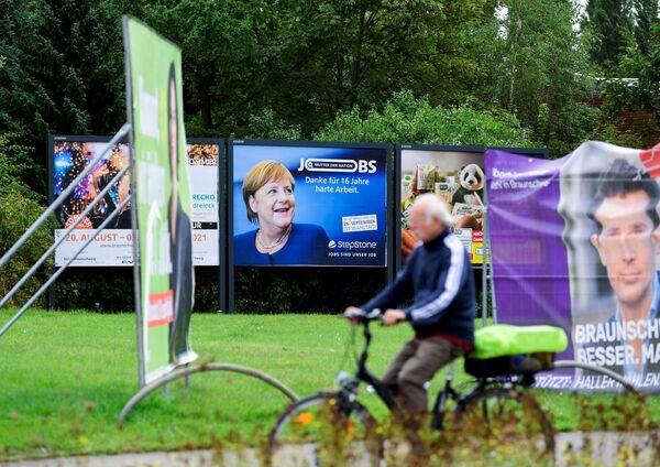 Reklama przedstawiająca kanclerz Niemiec Angeli Merkel w Brunszwiku - Sputnik Polska