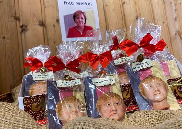 Marcepanowe ciasteczka z wizerunkiem kanclerz Niemiec Angeli Merkel - Sputnik Polska
