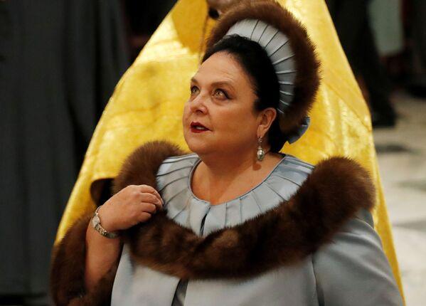 Wielka księżniczka Maria Władimirowna Romanowa na ślubie syna w Soborze św. Izaaka w Petersburgu 1 października 2021 roku - Sputnik Polska