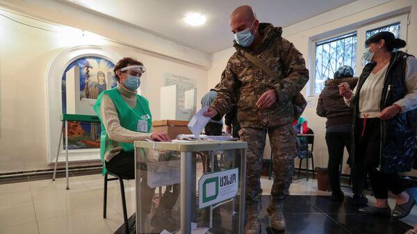Голосование на выборах в органы местного самоуправления в Грузии  - Sputnik Polska