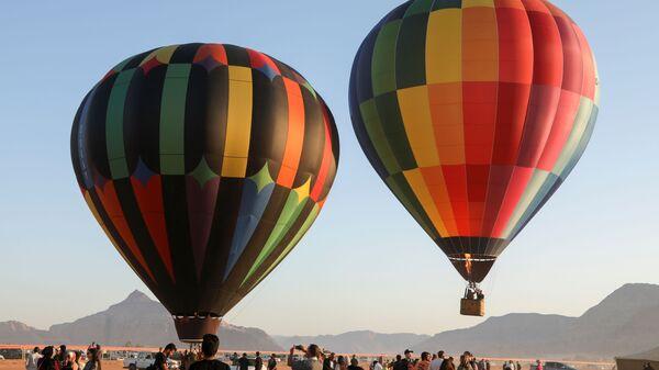 Воздушные шары на фестивале в пустыне Wadi Rum в Иордании  - Sputnik Polska