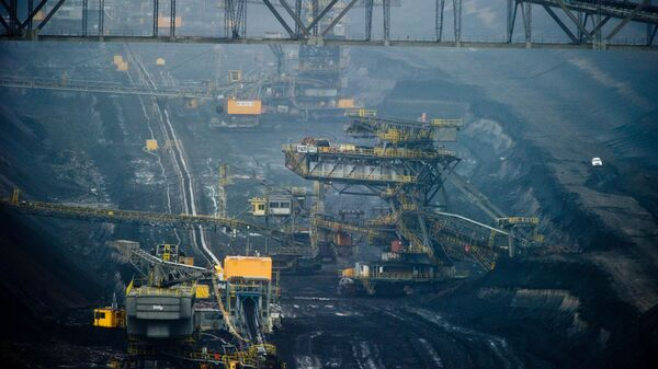 Общий вид открытого угольного карьера в Йеншвальде, Германия - Sputnik Polska