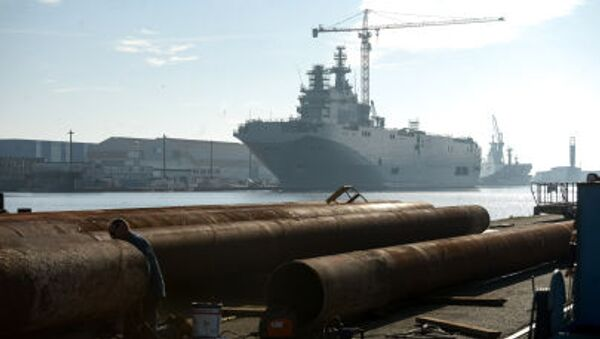 Okręt desantowy typu Mistral - Sputnik Polska