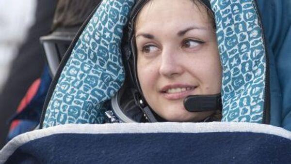 Pierwsza w historii współczesnej Rosji kosmonautka Serowa wróciła na Ziemię - Sputnik Polska