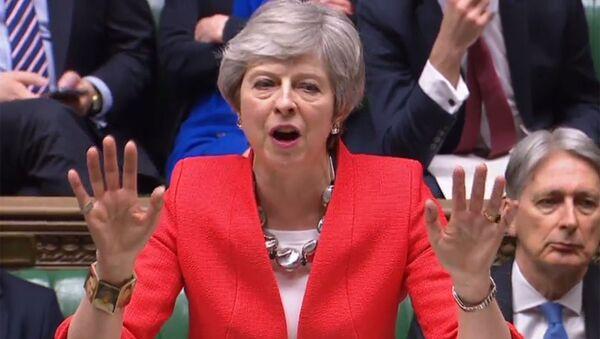 Premier Wielkiej Brytanii Theresa May podczas wystapienia w brytyjskim parlamencie - Sputnik Polska