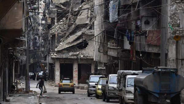 Zrujnowany rejon syryjskiego Aleppo - Sputnik Polska