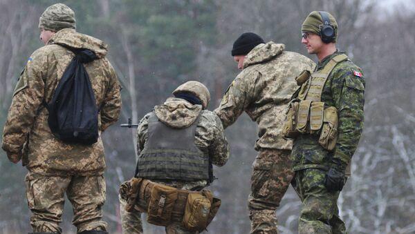 Kanadyjscy instruktorzy szkolą ukraińskich żołnierzy - Sputnik Polska