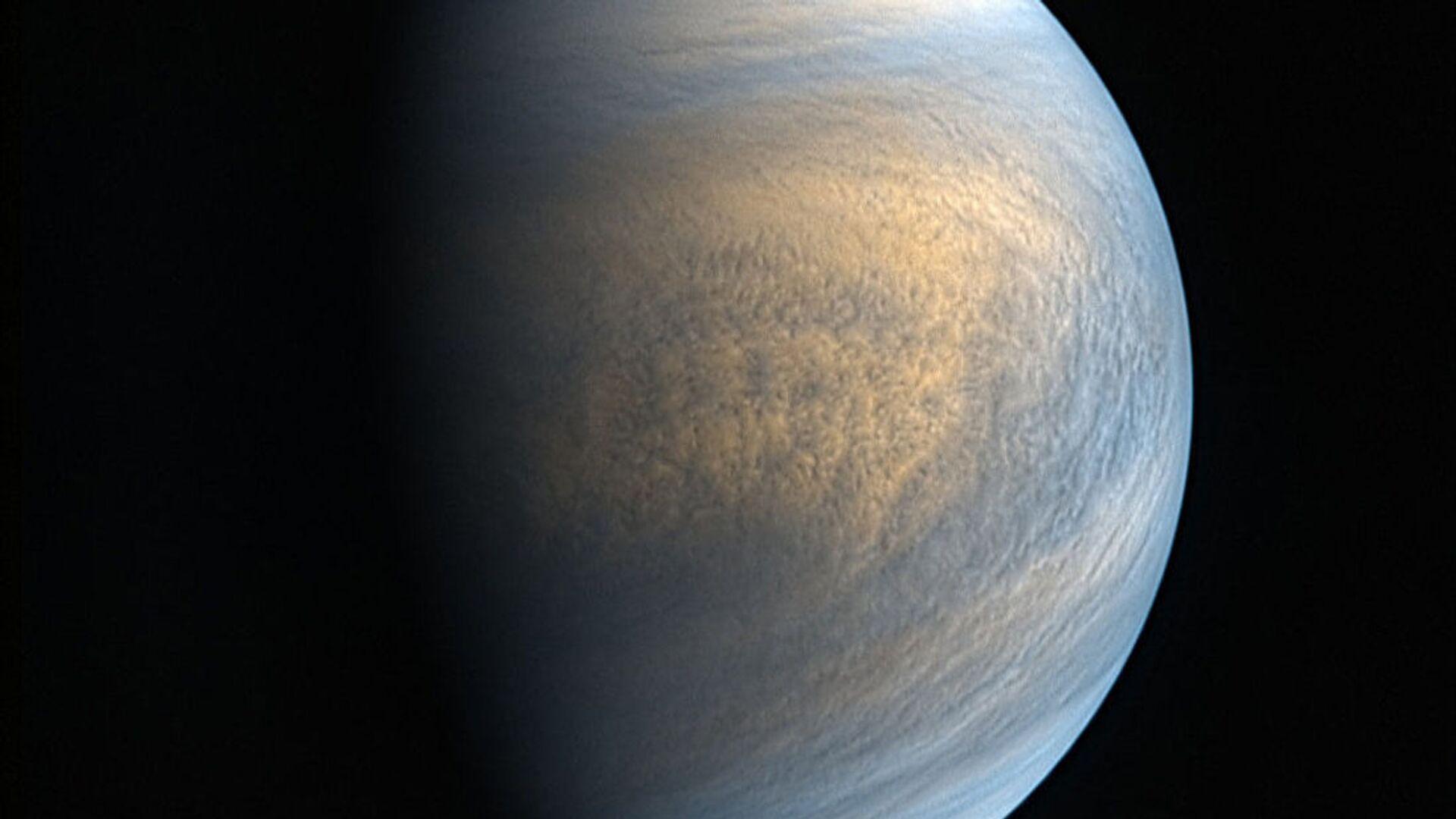 Zdjęcie Wenus w zakresie optycznym i ultrafioletowym wykonane przez kamery sondy Akatsuki - Sputnik Polska, 1920, 13.10.2021