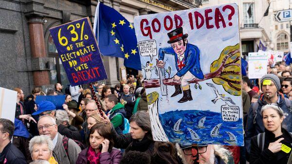 Marsz w sprawie nowego referendum o brexit, Londyn - Sputnik Polska