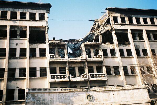 Zniszczony podczas natowskich nalotów budynek Federalnego Zarządu Policji w Belgradzie - Sputnik Polska