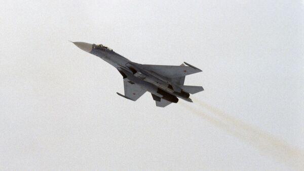 Radziecki myśliwiec przechwytujący Su-27 - Sputnik Polska