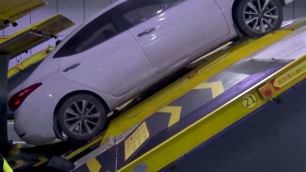 Parking po chińsku - Sputnik Polska