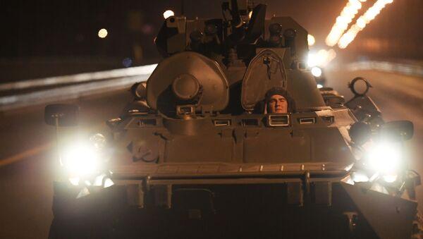 Przegrupowanie pojazdów wojskowych do Moskwy z okazji parady 9 maja - Sputnik Polska