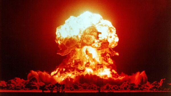 Wybuch jądrowy na amerykańskiej pustyni Nevada, 1953 rok - Sputnik Polska