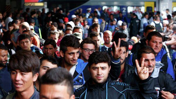 Imigranci na dworcu w Monachium - Sputnik Polska