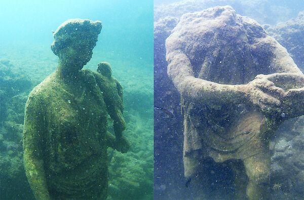 Posągi w Podwodnym Parku Archeologicznym Bai, Włochy - Sputnik Polska