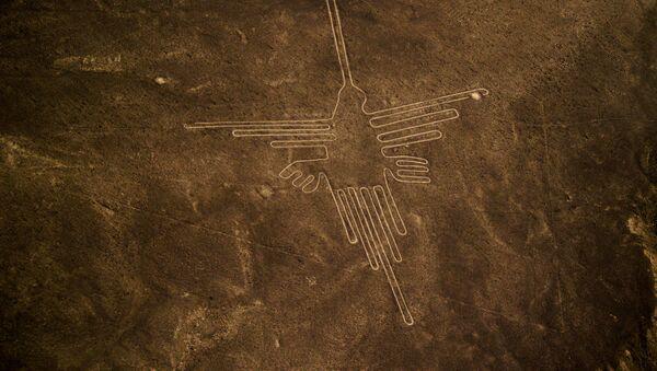 Gigantyczny geoglif na płaskowyży Nazca w południowej części Peru - Sputnik Polska