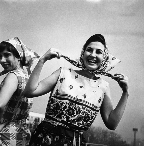 Reklama damskiej kolekcji odzieży z 1966 roku - Sputnik Polska