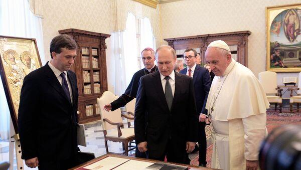 Władimir Putin na spotkaniu z papieżem Franciszkiem  - Sputnik Polska