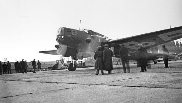 Zmodyfikowany samolot bombowy DB-3 - Sputnik Polska