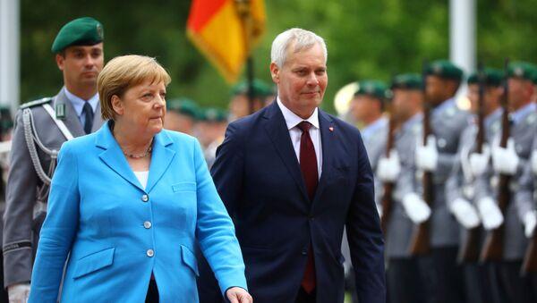 Angela Merkel podczas spotkania z premierem Finlandii Antti Rinne - Sputnik Polska