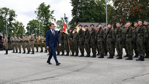 Minister obrony narodowej Polski Mariusz Błaszczak w Suwałkach - Sputnik Polska