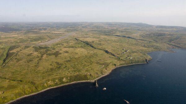Szumszu, najdalej wysunięta na północny wschód wyspa archipelagu Kuryli. - Sputnik Polska