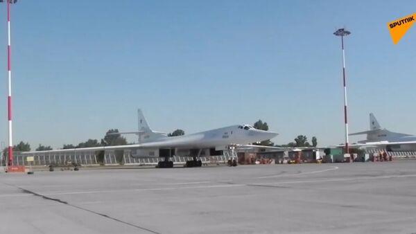 Rosyjskie Tu-160 przeleciały nad Morzem Bałtyckim - Sputnik Polska