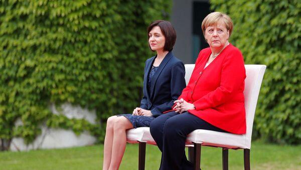 Premier Mołdawii Maia Sandu i kanclerz Niemiec Angela Merkel w Berlinie - Sputnik Polska