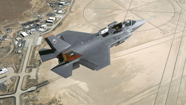 Amerykański myśliwiec F-35 Lightning II - Sputnik Polska