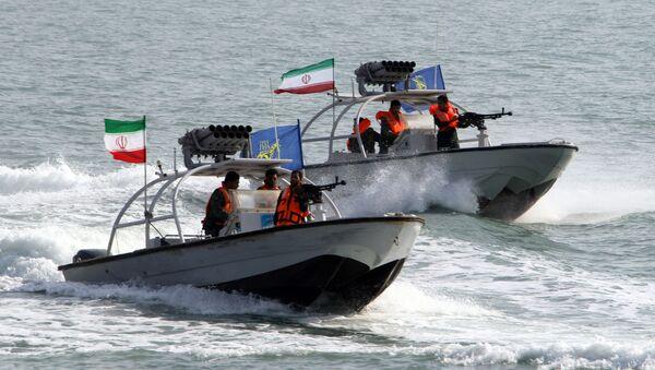 Łódka Korpusu Strażników Rewolucji Islamskiej  - Sputnik Polska