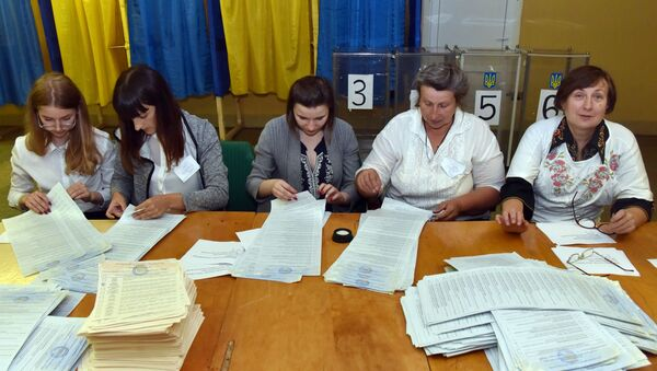Podliczanie głosów po wyborach na Ukrainie - Sputnik Polska