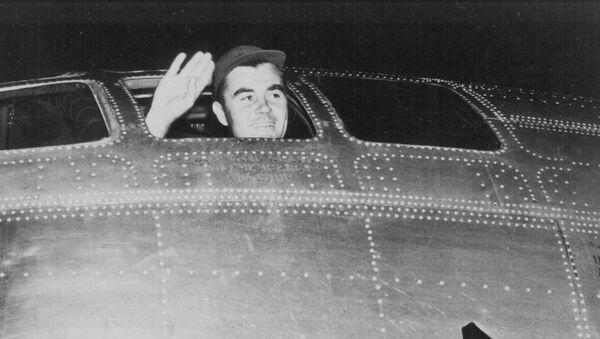 Paul Tibbets, pilot  - Sputnik Polska