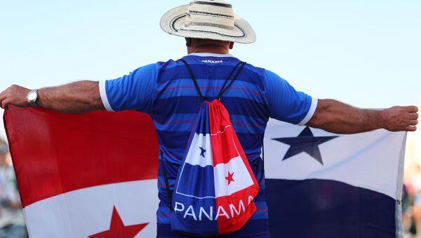 Kibic z flagą Panamy - Sputnik Polska