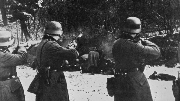 Rozstrzelanie Polaków przez Wehrmacht w 1939 roku - Sputnik Polska