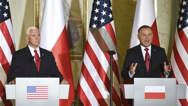 Wiceprezydent USA Mike Pence z wizytą w Polsce  - Sputnik Polska