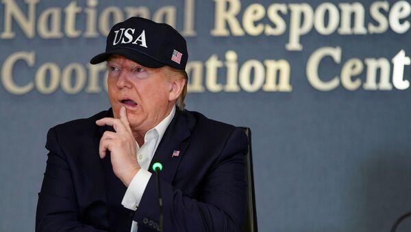 Prezydent USA Donald Trump na konferencji Federalnej Agencji Zarządzania Kryzysowego poświęconej huraganowi Dorian - Sputnik Polska