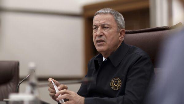 Minister obrony Turcji Hulusi Akar  - Sputnik Polska