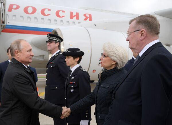 Władimir Putin przybył do Paryża na ceremonię pogrzebową byłego prezydenta Francji  - Sputnik Polska