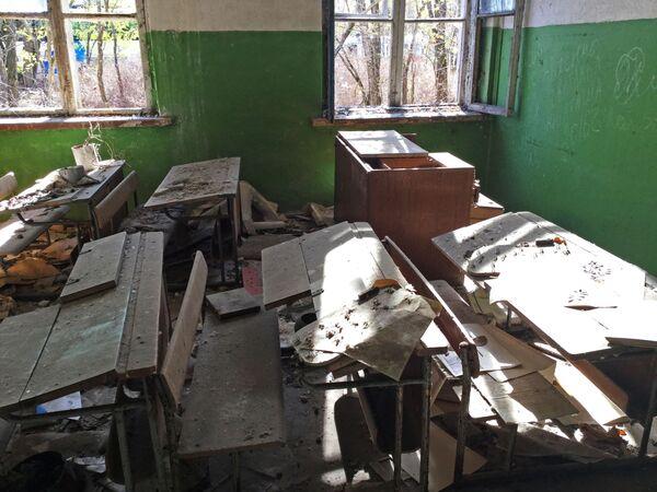 Opuszczona szkoła na wsi Borszczowka - Sputnik Polska