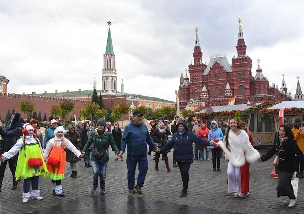"""Festiwal gastronomiczny """"Złota jesień 2019"""" w Moskwie - Sputnik Polska"""