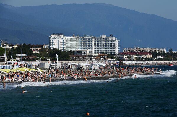 Urlopowicze na plaży w Soczi - Sputnik Polska