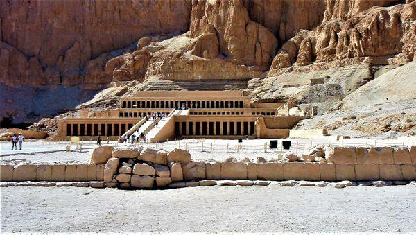 Świątynia Hatszepsut w Luksorze, Egipt - Sputnik Polska