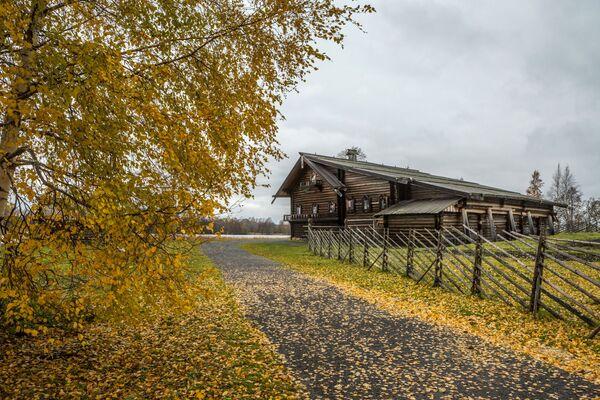 Dom Elizarowa ze wsi Seredka w rezerwacie przyrody Kiży w Karelii - Sputnik Polska