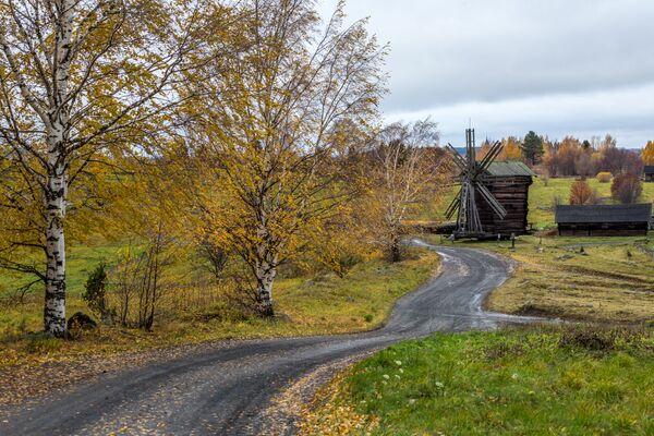 Wiatrak ze wsi Woronij w Państwowym Rezerwacie Historyczno-Architektonicznym Kiży, Karelia - Sputnik Polska