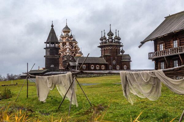 Kościół Przemienienia Pańskiego z XVIII wieku w Karelli  - Sputnik Polska