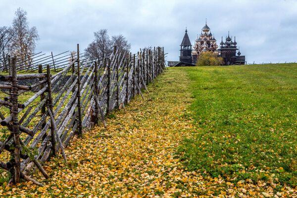 Świątynia Przemienienia Pańskiego w Karelii - Sputnik Polska